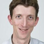Postdoktor Øivind Bratberg har studert britisk politikk i flere år. Foto: Tron Trondal/UiO