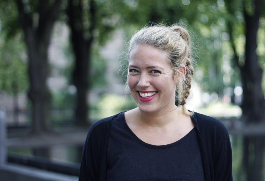 Hjelpemiddel: Ida Helene Henriksen stenger hverdagsmaset ute med yoga for å finne tilbake til balansen. Foto: Anja Bratt