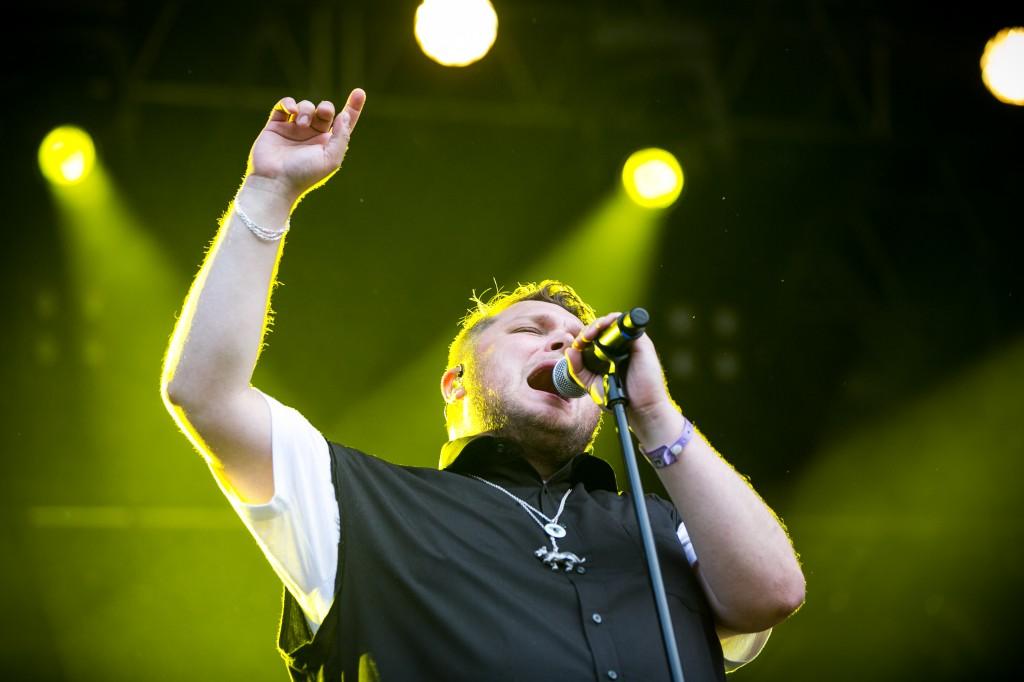 Stjerner i sikte: Truls på scenen under Øyafestivalen 2013.  Foto: Johannes Granseth – www.jgranseth.com