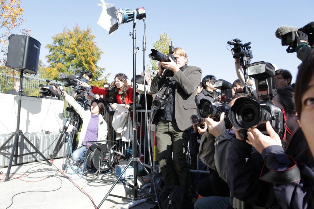 Moralsk ansvar: Mediene plikter å følge opp sin rolle som kunnskapsformidler. Foto: (Mick Baker) rooster/Flickr Creative Commons